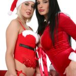 Big Snowflakes desi girls stripping Aletta Ocean and Mandy Dee