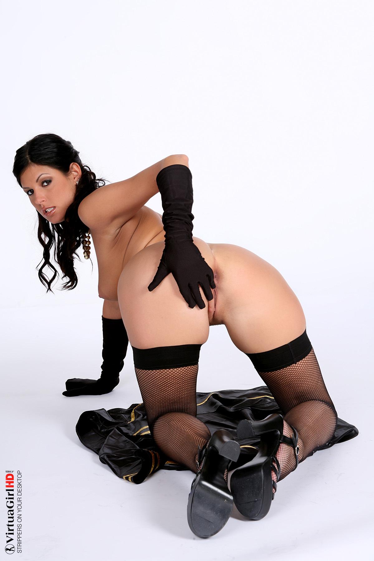 girls stripping fully naked