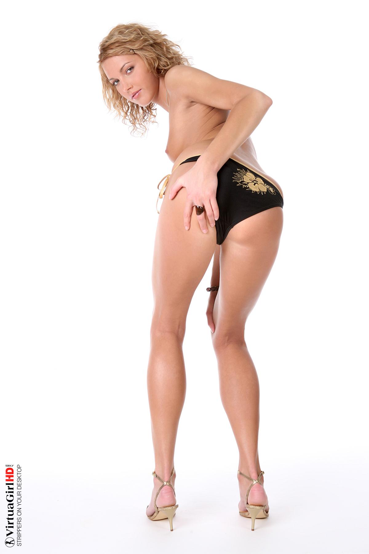 stripping nude girls