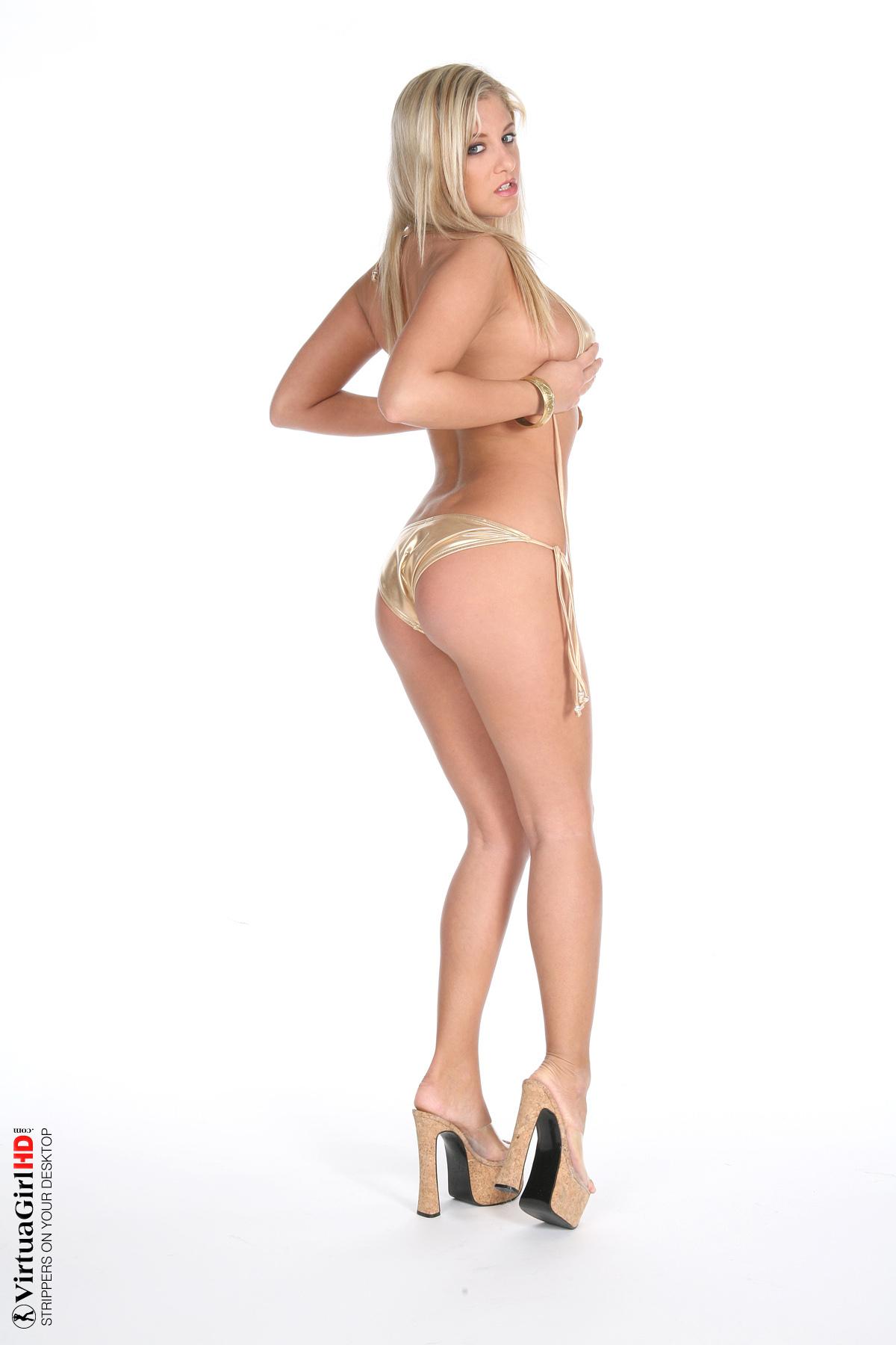 hottest girls stripping