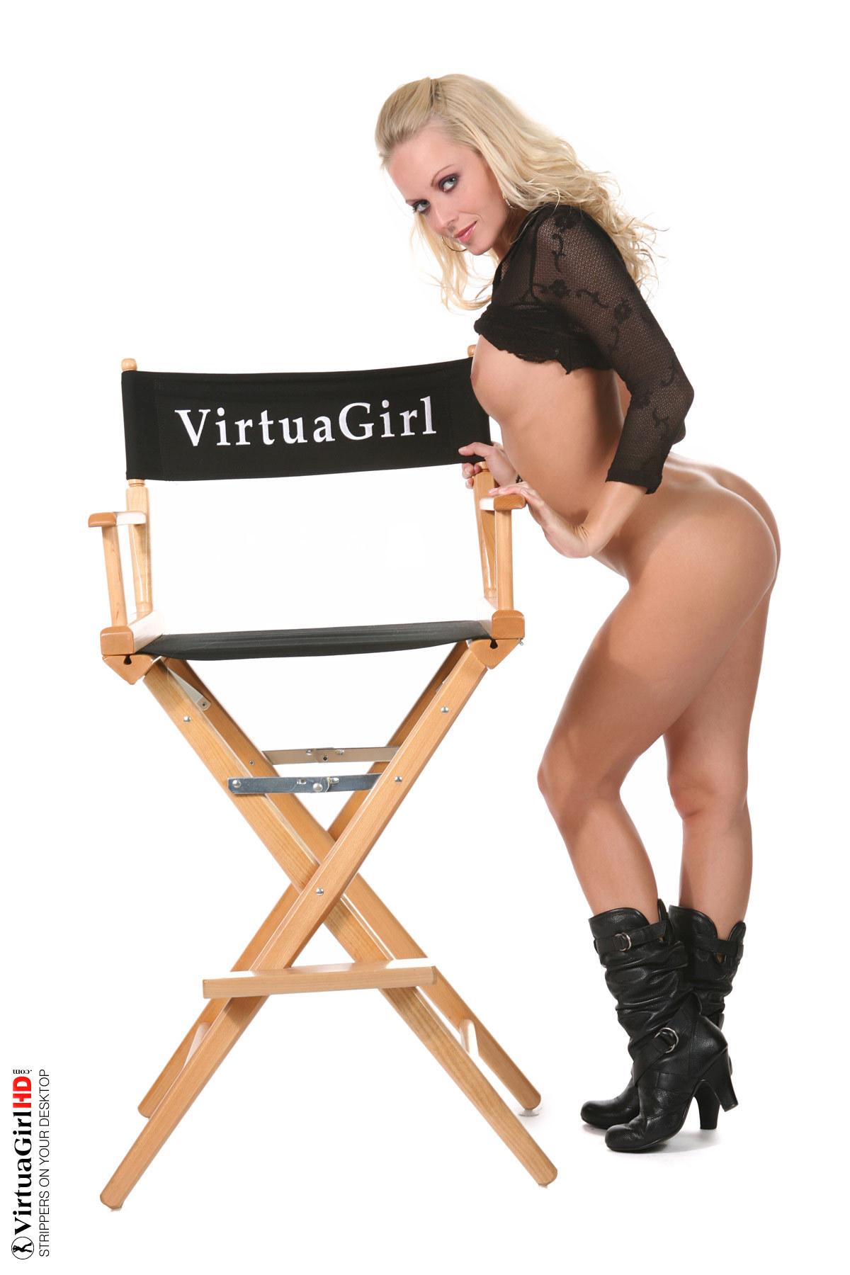 girls stripping naked tumblr