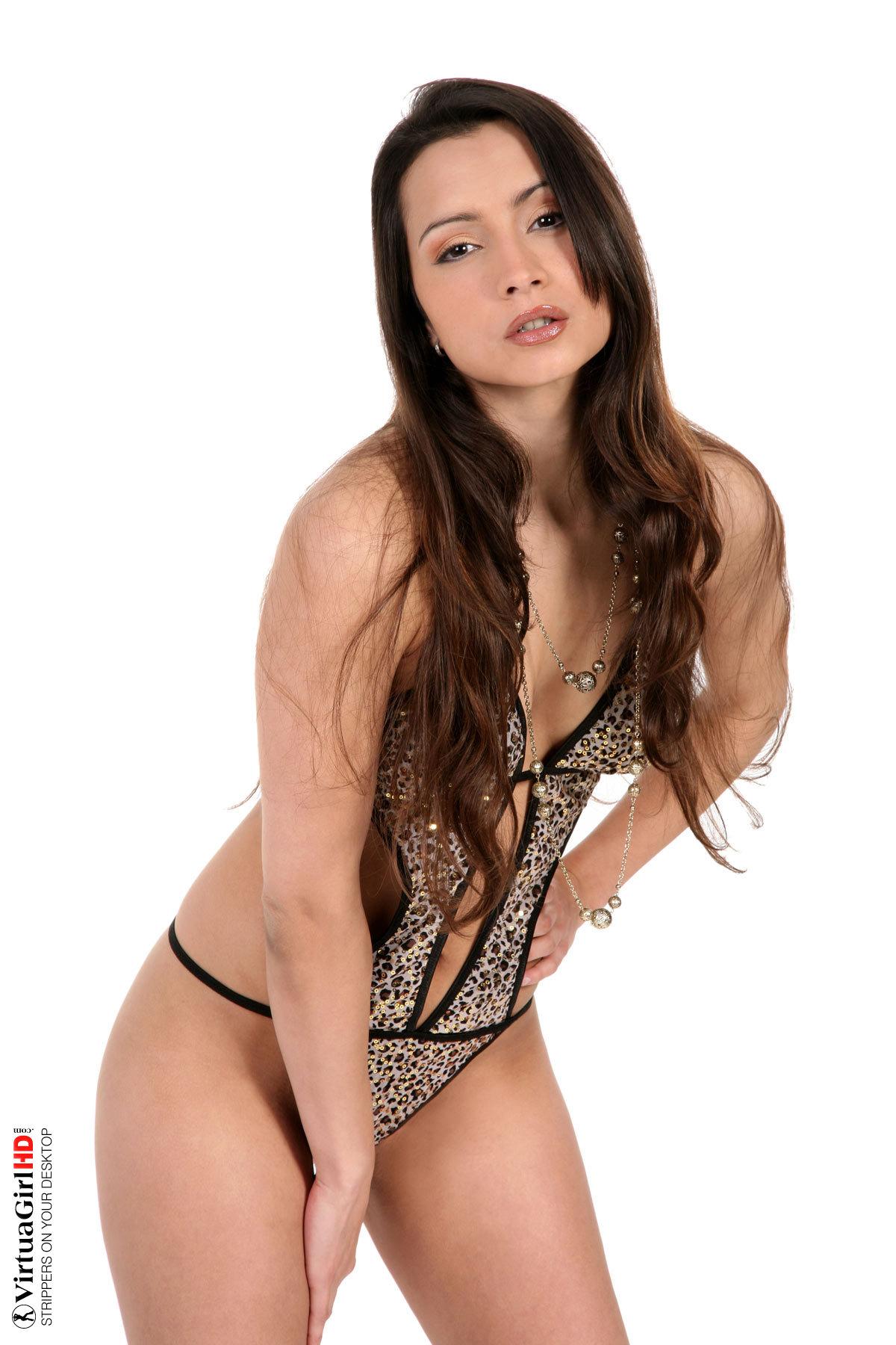 nude stripping bikini girls