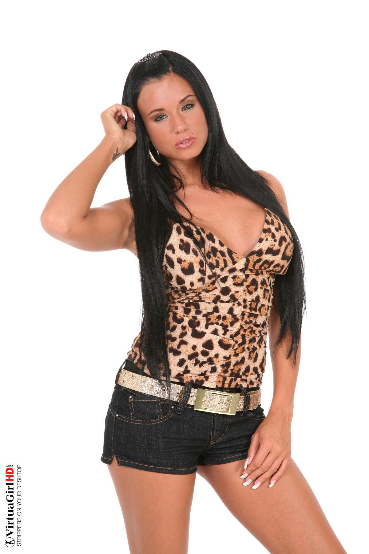 hot girls stripping live