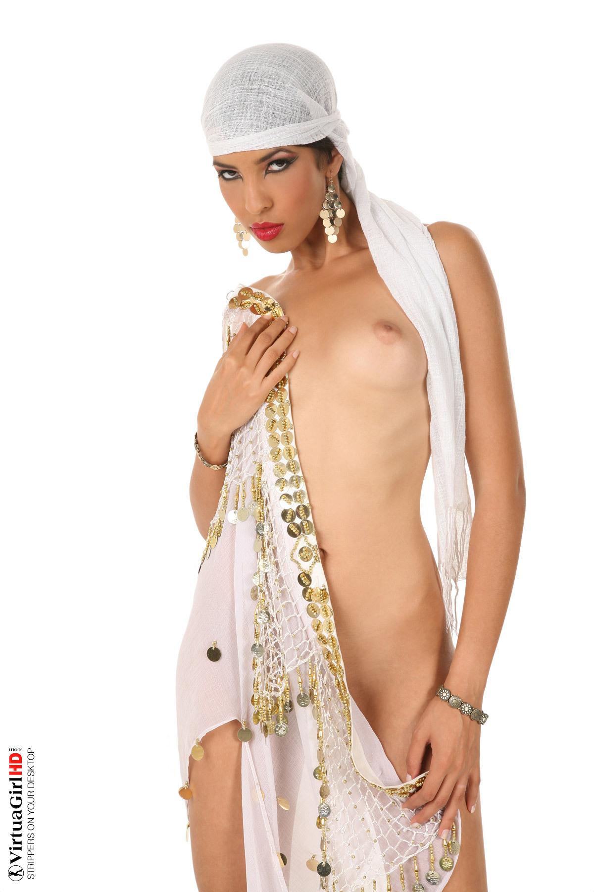 girls stripping showing nude ass