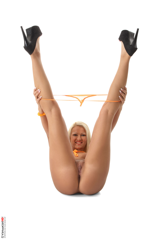 wild college girls stripping