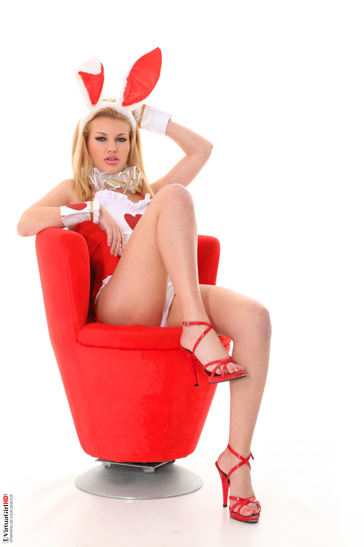 girls sexy stripping