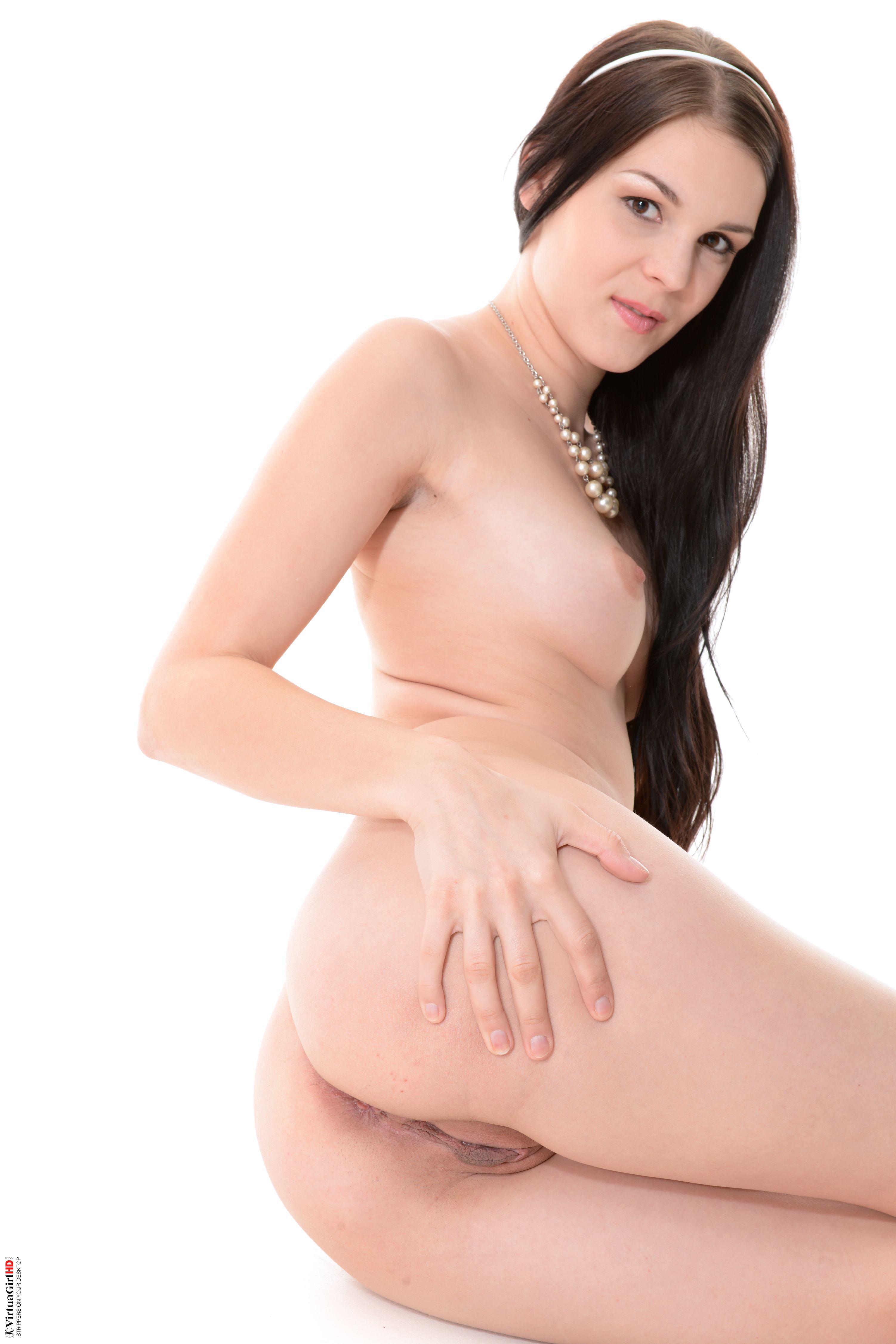 beautiful girls stripping reddit