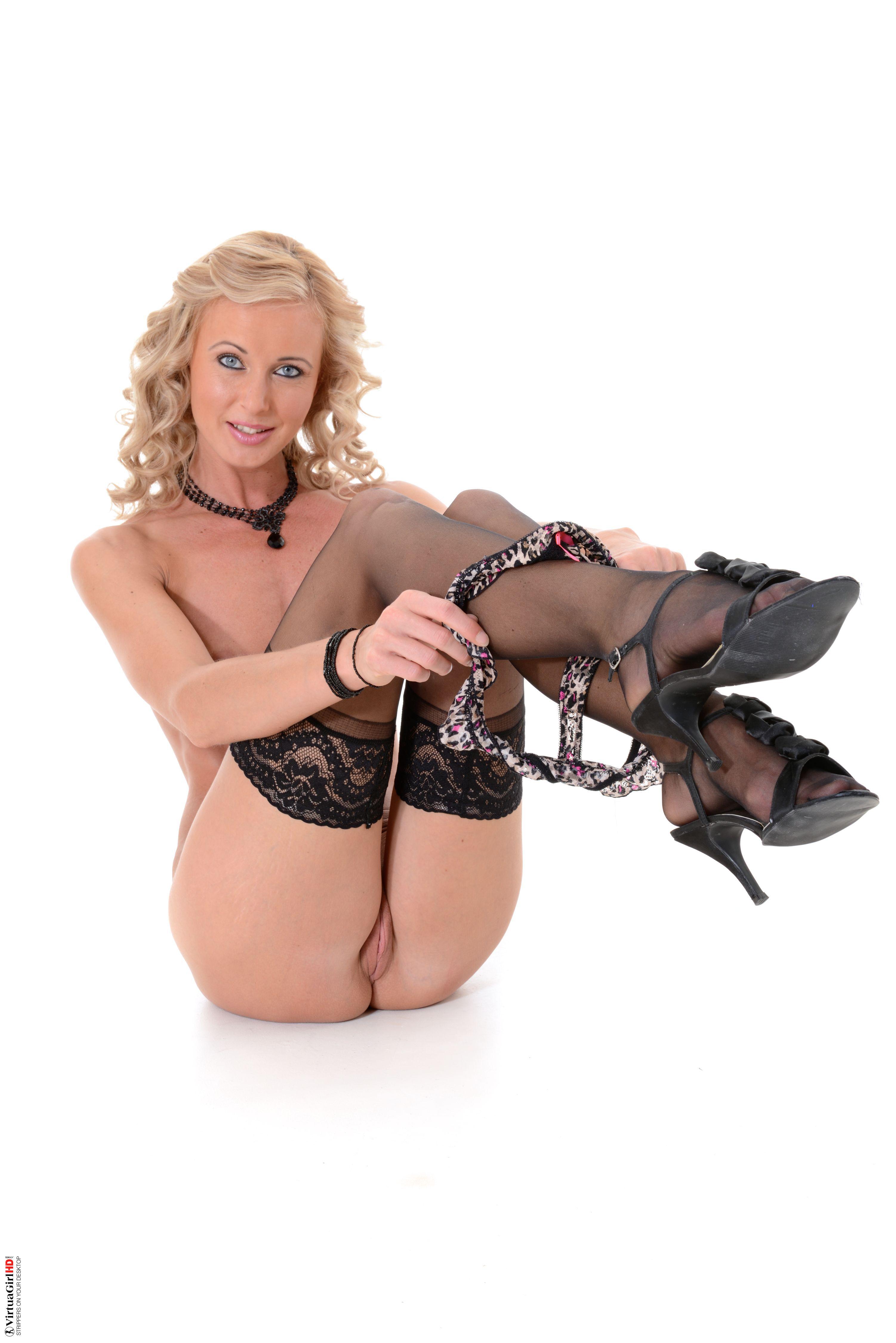 sexy girls stripping pornhub big ass