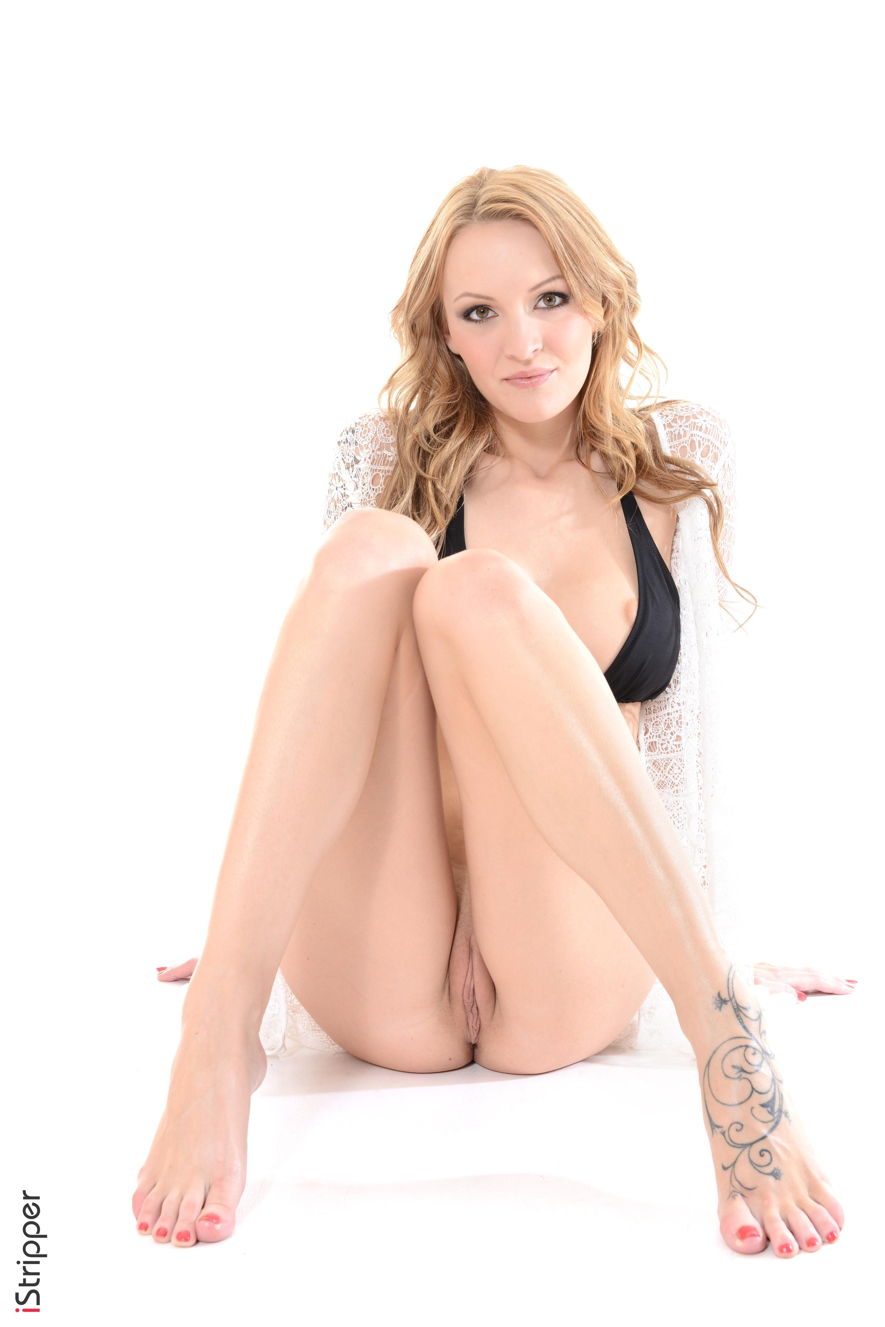 girls stripping uncensored