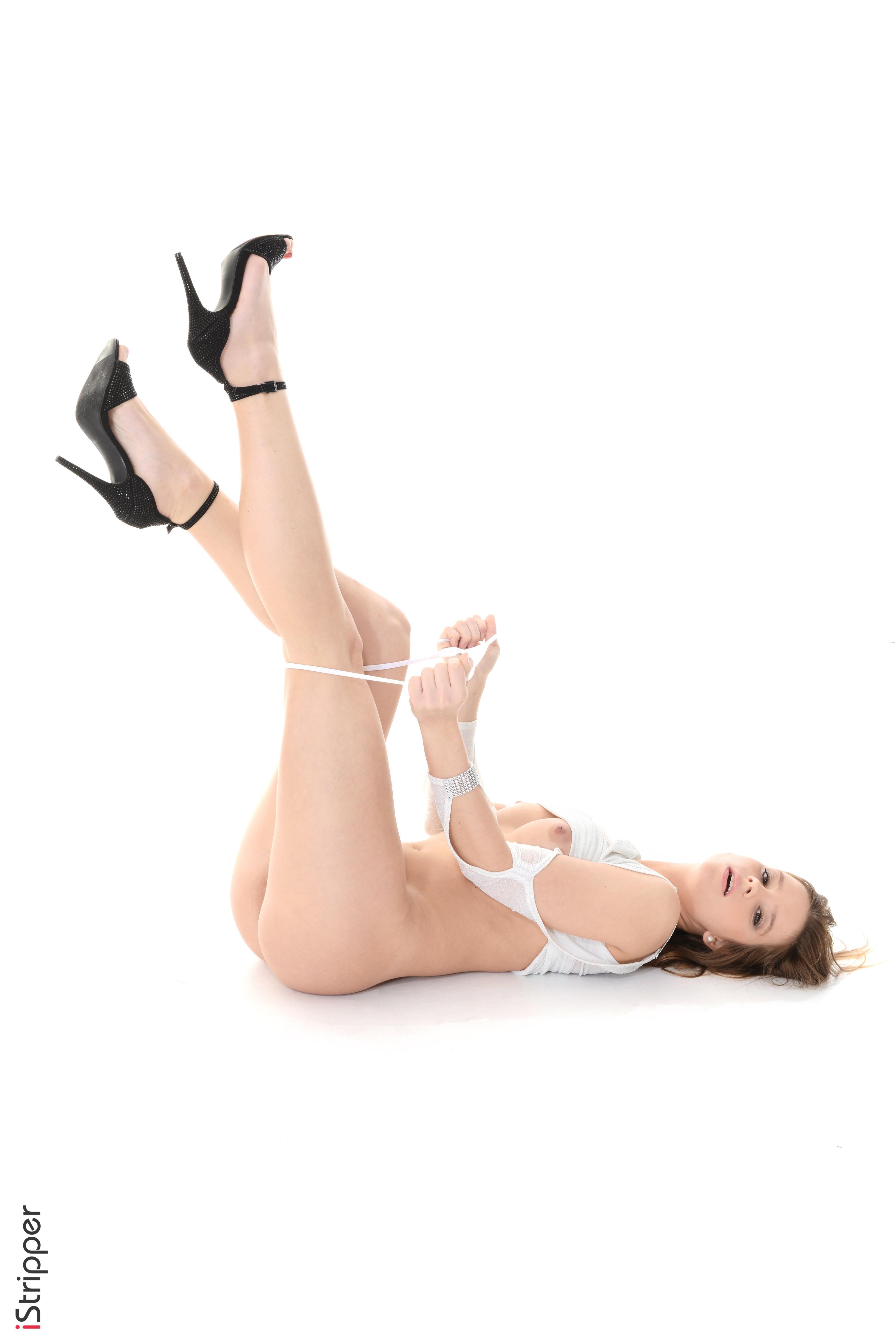 girls stripping for money