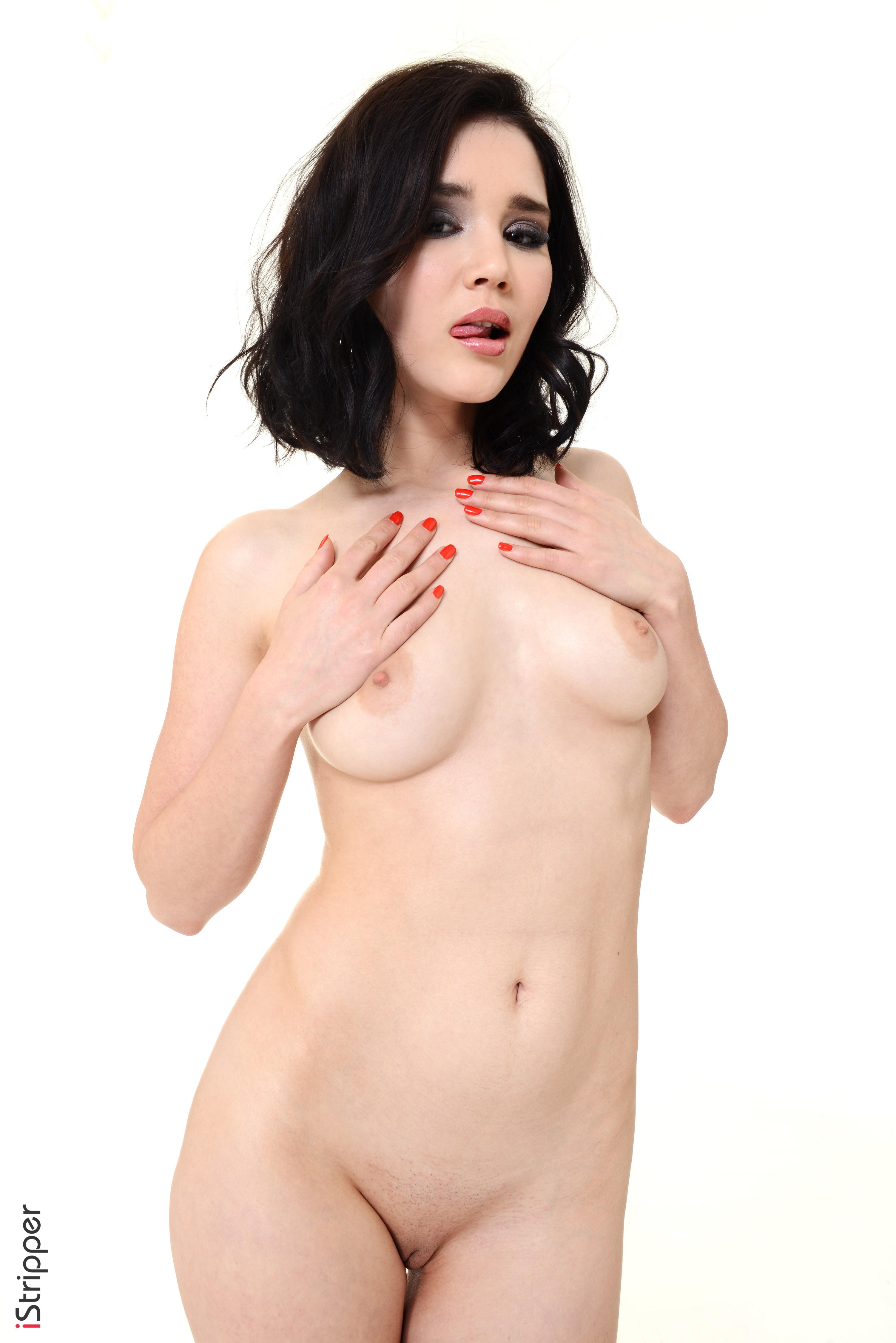 girls stripping nude tumblr