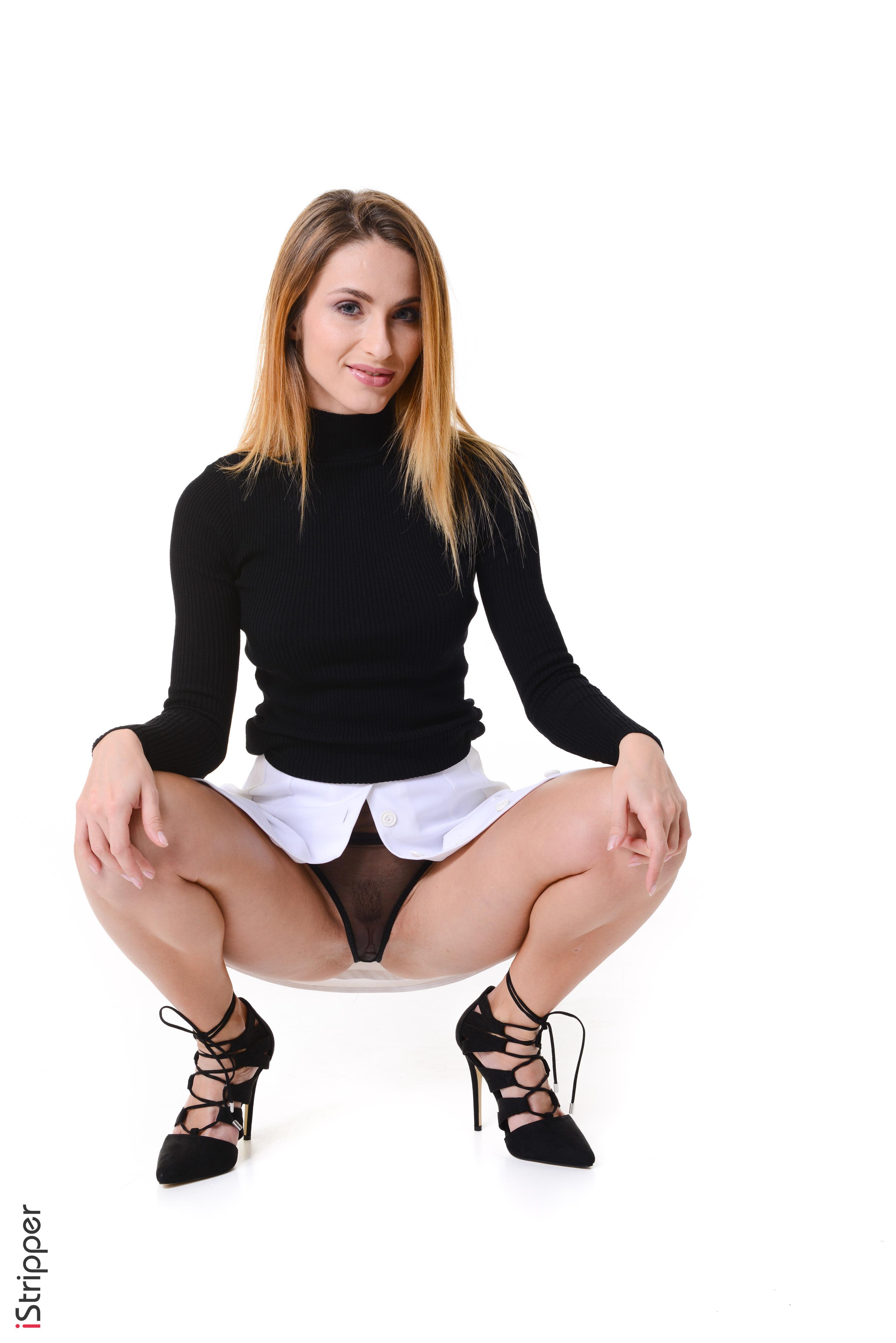 virtual girl desktop stripper dancing porn