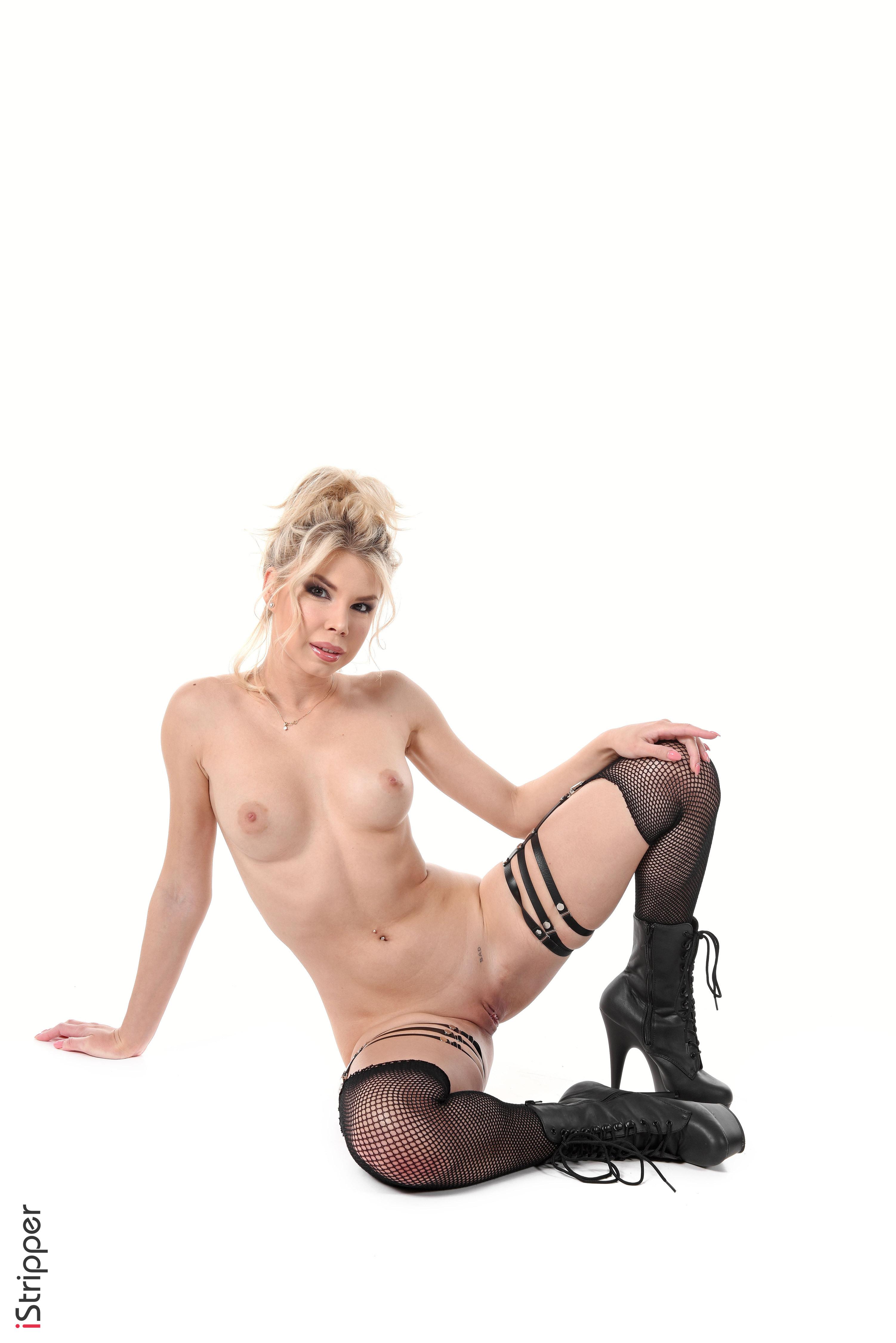 nude desktop stripper girls